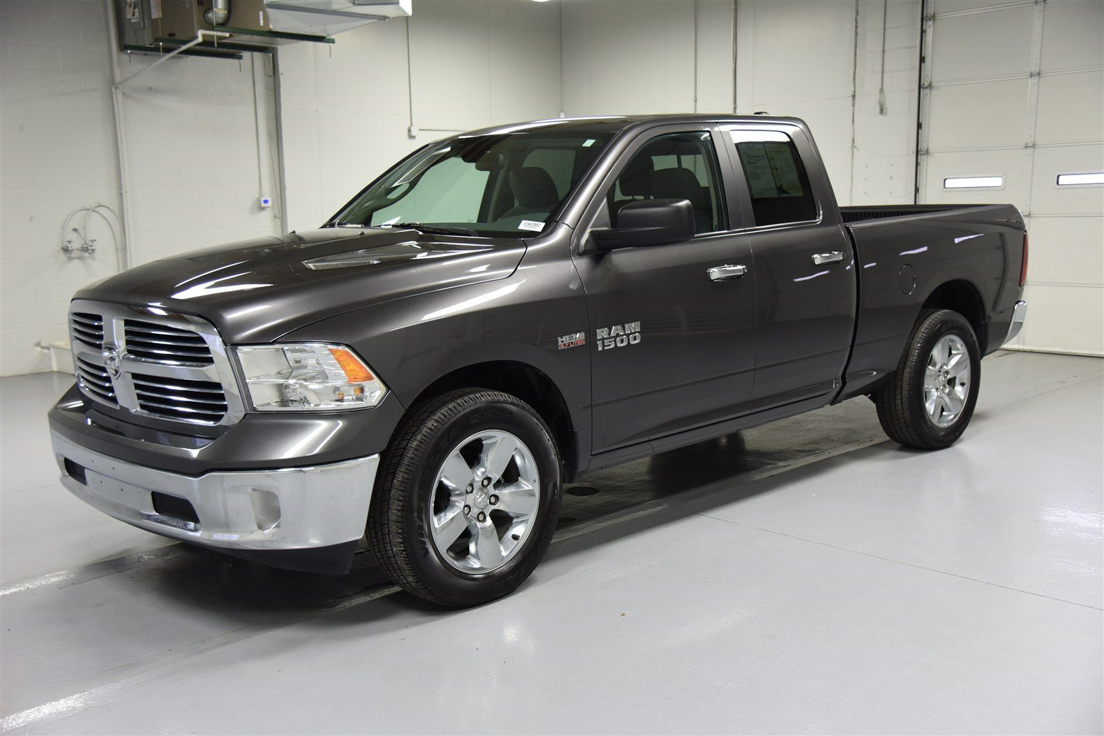 pre owned 2015 dodge ram 1500 quad cab big horn crew cab pickup in wichita e562882 super car guys. Black Bedroom Furniture Sets. Home Design Ideas