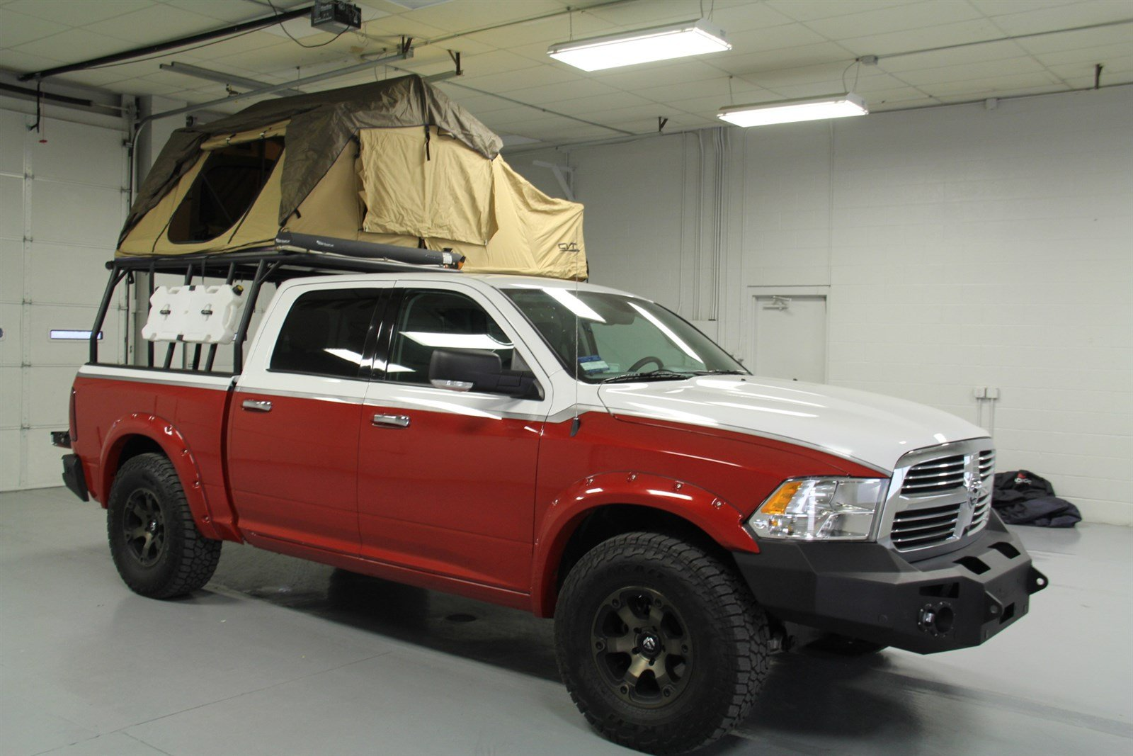 pre owned 2015 dodge ram 1500 crew cab big horn 4x4 popular mechanics special camping edition. Black Bedroom Furniture Sets. Home Design Ideas