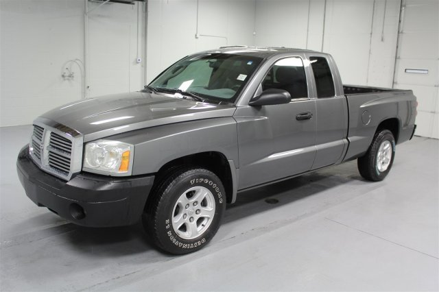 pre owned 2006 dodge dakota club cab slt crew cab pickup in wichita u556952 super car guys. Black Bedroom Furniture Sets. Home Design Ideas