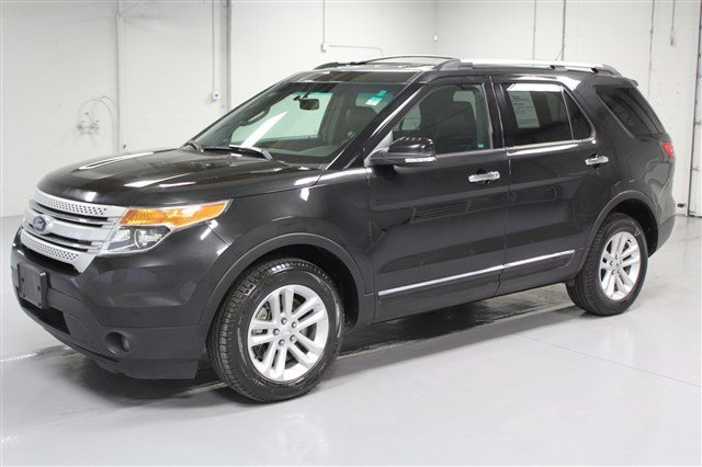 Pre-Owned 2013 Ford Explorer XLT 4x4