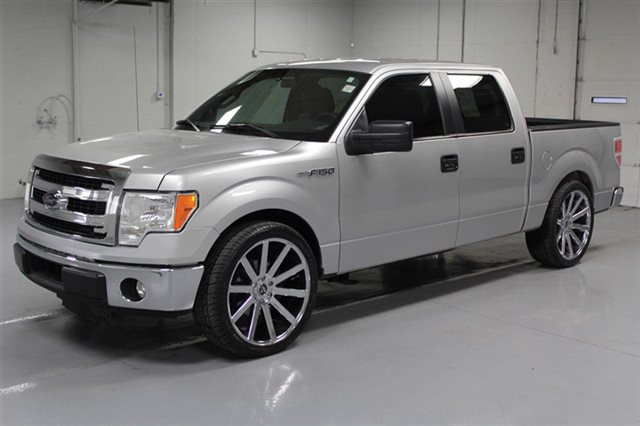 Pre-Owned 2014 Ford F-150 SuperCrew XLT