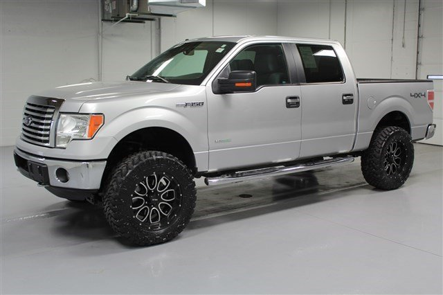 Pre-Owned 2012 Ford F-150 SuperCrew Cab XLT 4x4 - Lifted