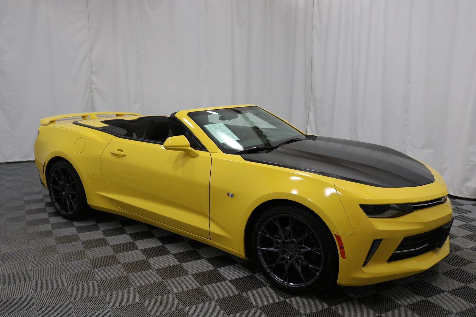 camaro chevrolet news quarters frankfort in three frankfurt convertible debuts front