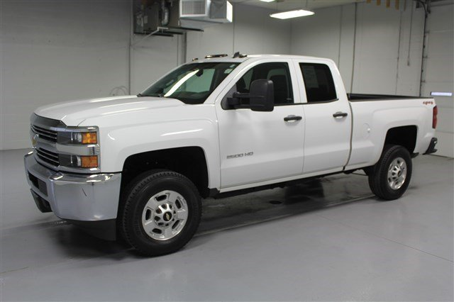 Pre-Owned 2015 Chevrolet Silverado 2500HD Extended Cab LT 4x4