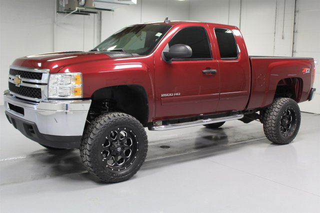 Pre-Owned 2013 Chevrolet Silverado 2500HD Extended Cab LT 4x4  -  7.5  Lift