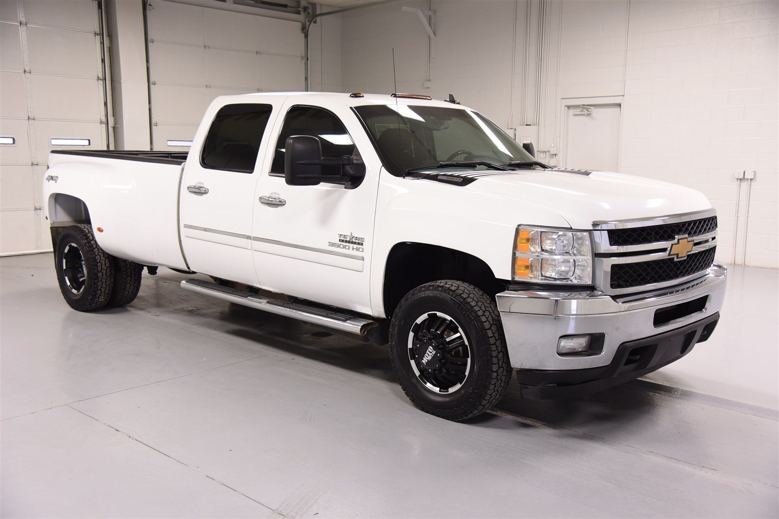 Pre-Owned 2012 Chevrolet Silverado 3500HD Crew Cab LT 4X4 - Dually