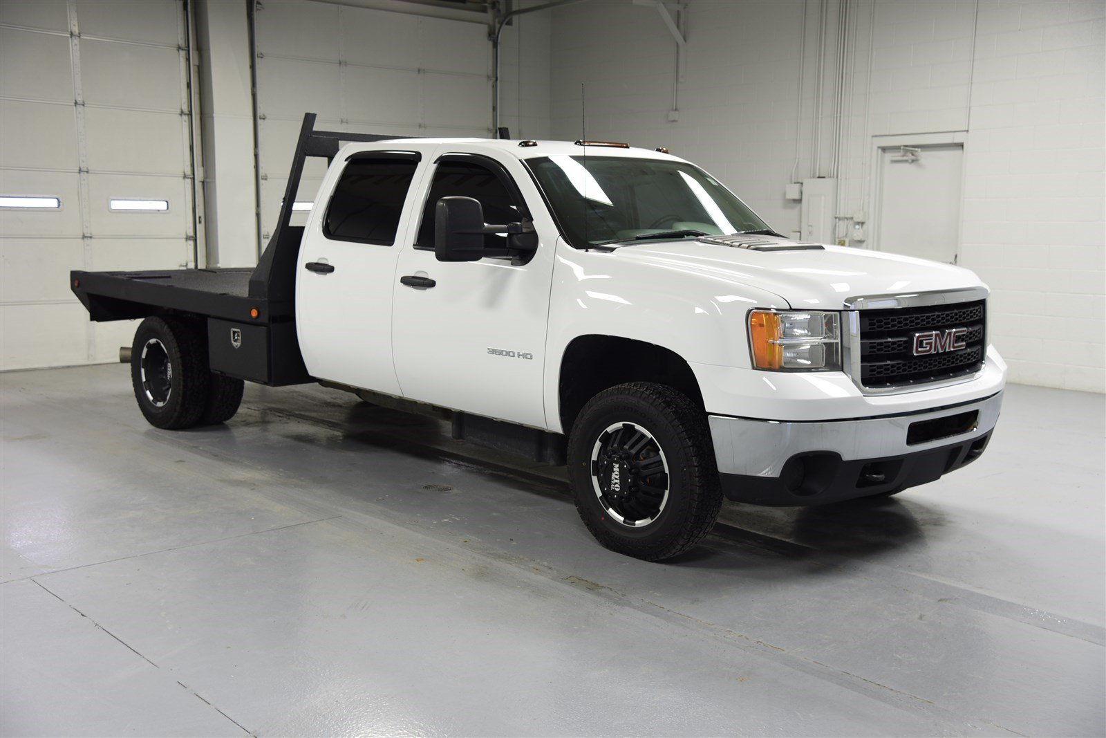 Pre-Owned 2013 GMC Sierra 3500HD Crew Cab 4X4 Flat Bed - Diesel, Dually