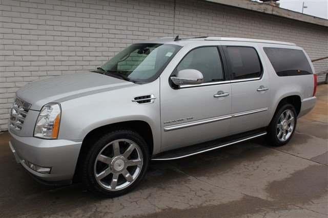 Pre-Owned 2011 Cadillac Escalade ESV Luxury All-Wheel Drive