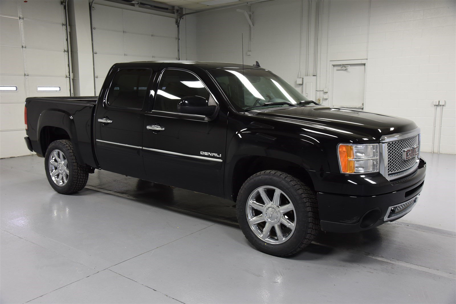 Pre-Owned 2012 GMC Sierra 1500 Crew Cab Denali All-Wheel Drive
