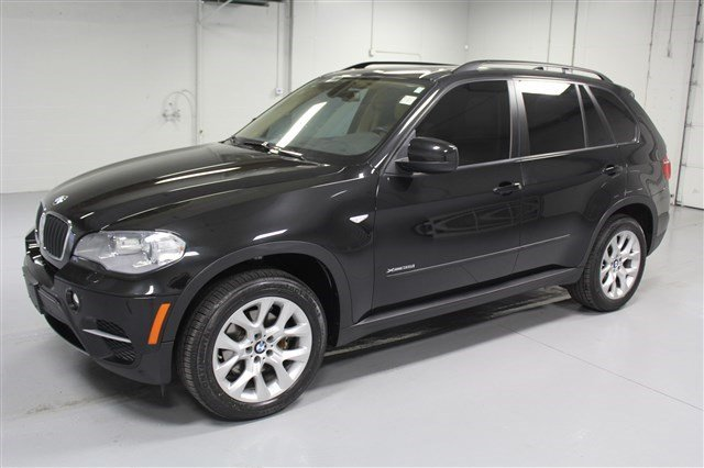 Pre-Owned 2012 BMW X5 35i All-Wheel Drive
