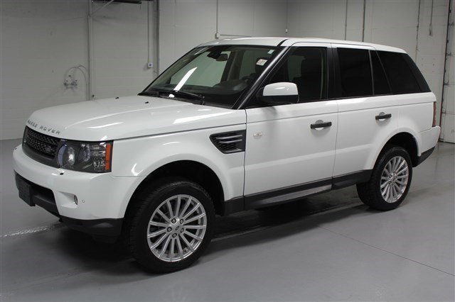 Pre-Owned 2011 Land Rover Range Rover Sport HSE 4x4